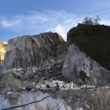 Ritrovati i corpi dei due cavatori, uccisi da 2mila tonnellate di marmo