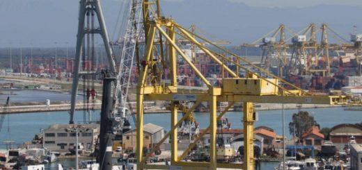 Porto di Livorno più sicuro: calano gli infortuni sul lavoro